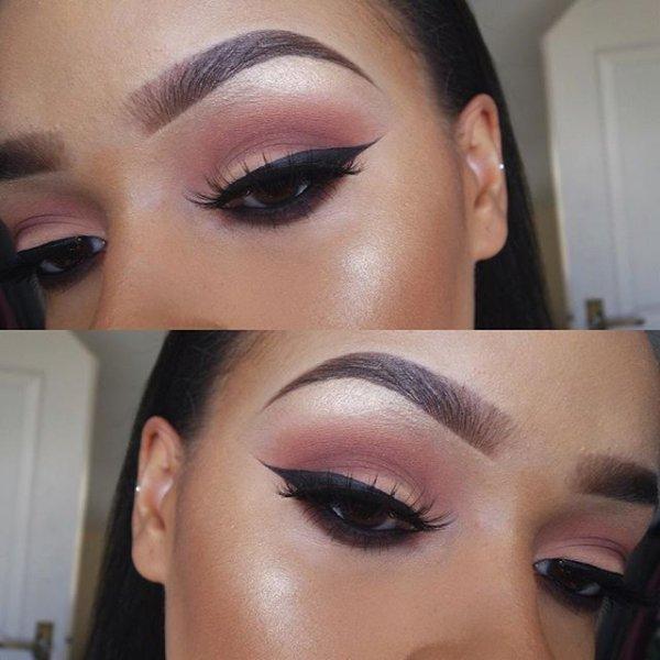 eyebrow,face,cheek,eye,nose,