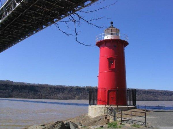 Little Red Lighthouse, Manhattan