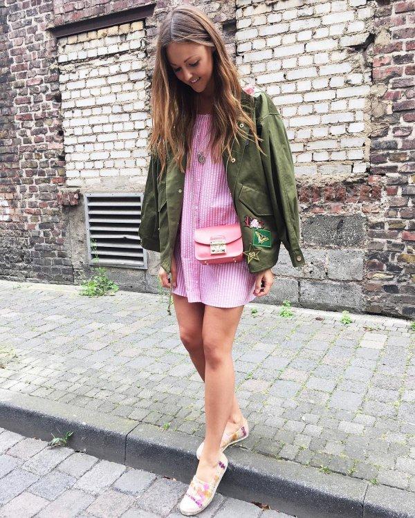 clothing, pink, snapshot, sneakers, footwear,
