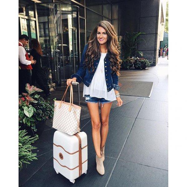 clothing, handbag, footwear, pattern, spring,