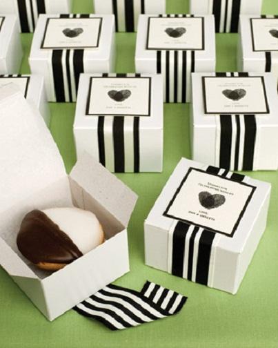 Black & White Favors...