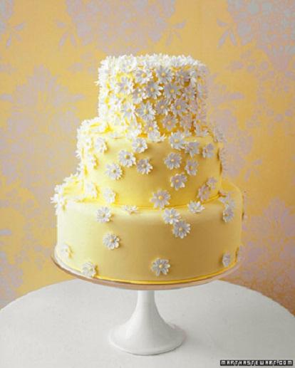Daisy Theme Wedding Cake...