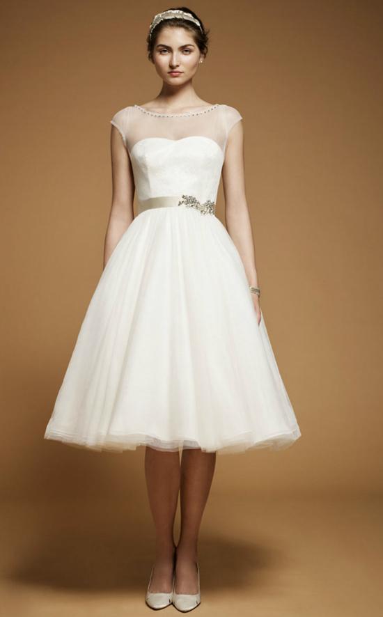 Short Wedding Gown Trend...