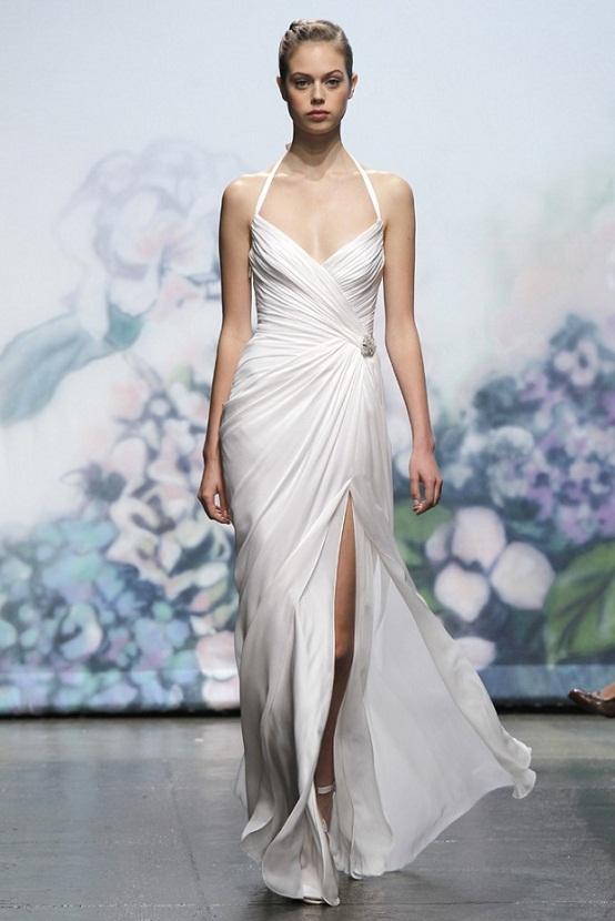 Sexy Slit Wedding Gown Trend...
