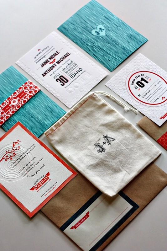 Woodgrain Rustic Wedding Invitation...