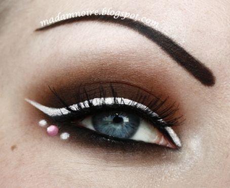 eyebrow,face,eyelash,eye,eyelash extensions,