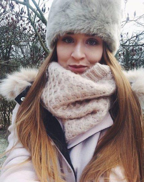 hair, clothing, cap, brown, knit cap,