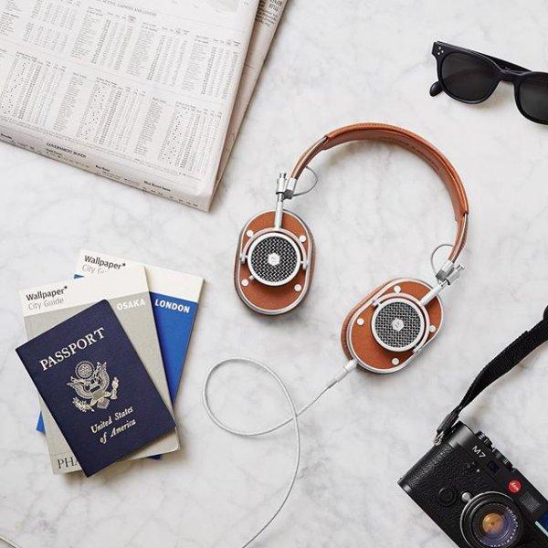 Wishbone, font, product, glasses, gadget,