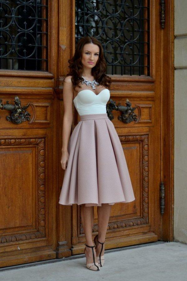 woman,wedding dress,clothing,dress,bridal clothing,