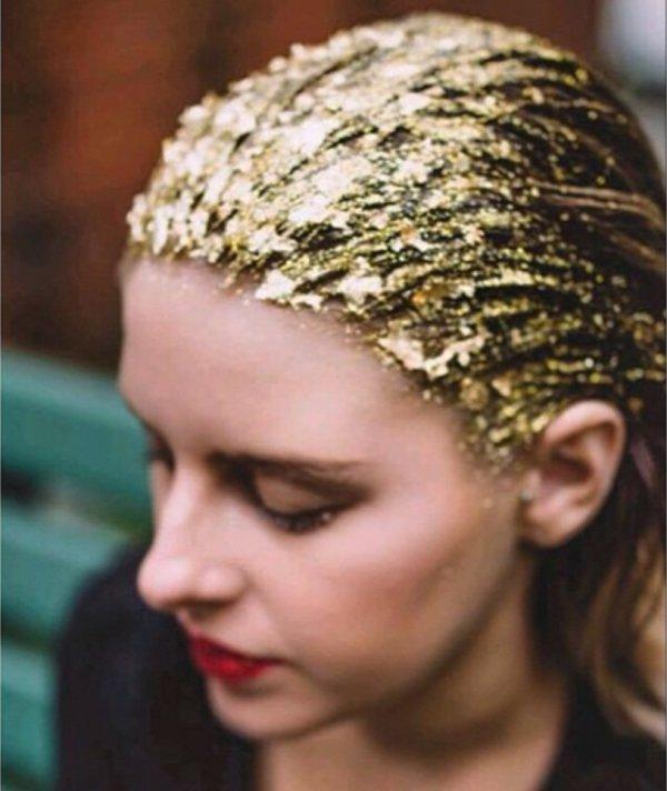 hair,clothing,hairstyle,fashion accessory,head,