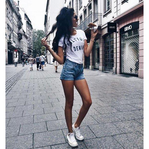 human action, clothing, footwear, jogging, sneakers,