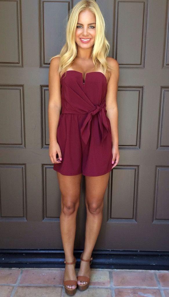 clothing,dress,leg,fashion,cocktail dress,