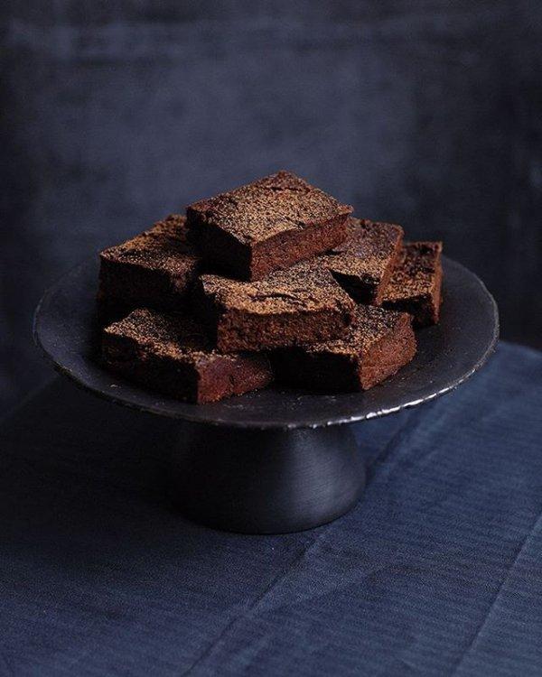 food, chocolate brownie, dessert, chocolate cake, chocolate,