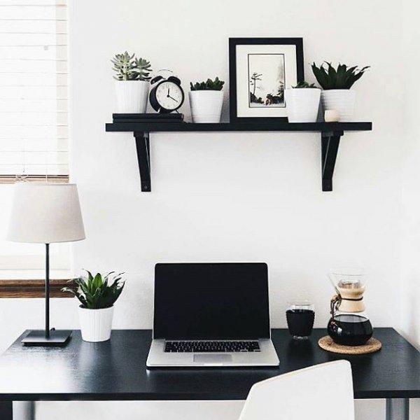 furniture, living room, shelf, room, table,