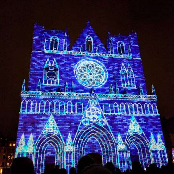 blue, landmark, purple, cathedral, light,