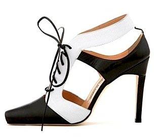 Manolo Blahnik Graphic Gillie Shoe
