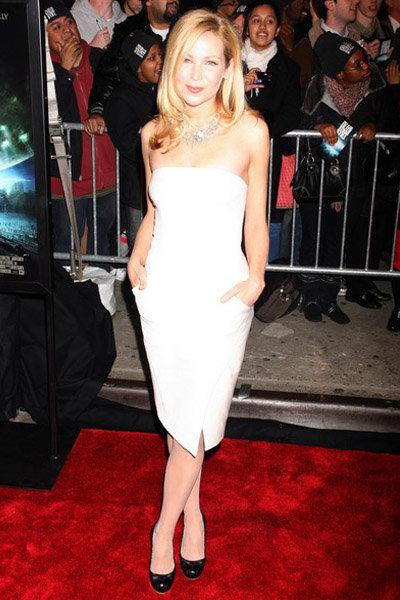 Jennifer Westfeldt at the NY Premiere of the Day the Earth Stood Still: