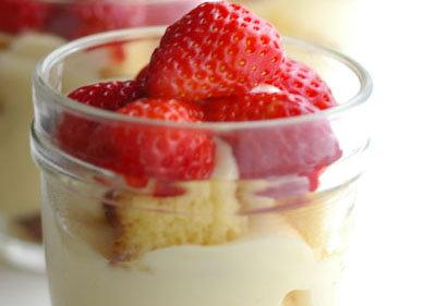 Strawberry Trifles: