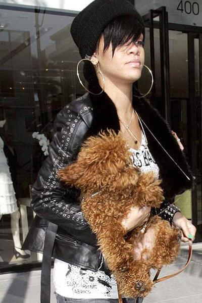 Rihanna and Oliver ...