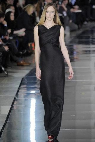 Black Silk Sleeveless Gown