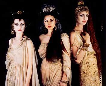 Monica Bellucci as Dracula's Bride in Bram Stoker's Dracula