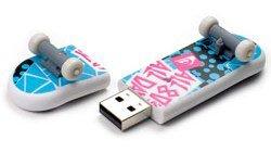 Quiksilver 2GB All 80's SkateDrive USB Flash Drive