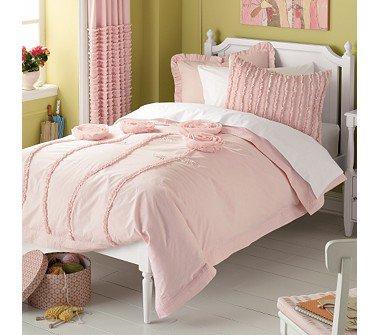 land of nod bedding of roses 10 pretty bedding sets for your. Black Bedroom Furniture Sets. Home Design Ideas