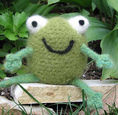Freddie the Felted Frog