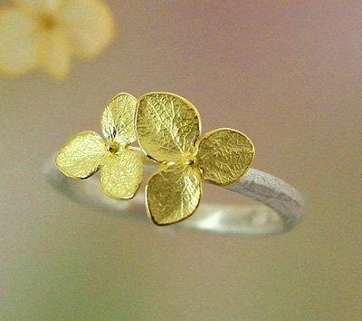 Hydrangea Blossom Flower Ring