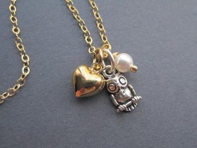 Woo Doesn't Love Jewelry...
