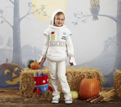Pottery Barn Kids Astronaut Costume  sc 1 st  Allwomenstalk & Pottery Barn Kids Astronaut Costume - 7 Clever Halloween Costumesu2026