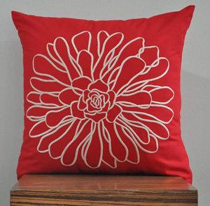 Beige Chrysant Pillow