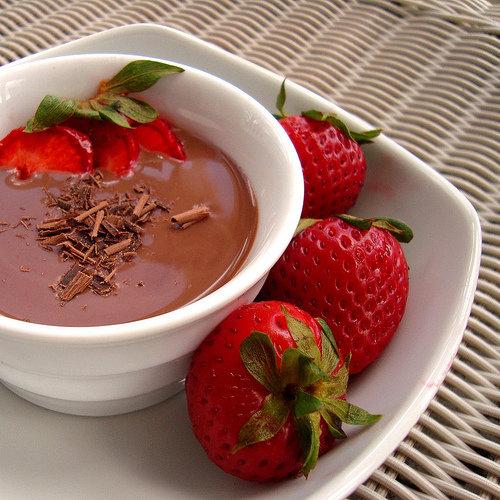 Dark Chocolate-Dipped Strawberries