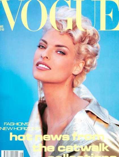 Linda Evangelista - August, 1991