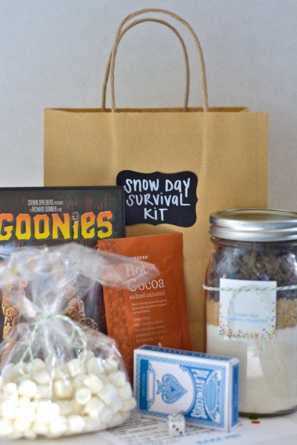 product,mason jar,lighting,bottle,gift,