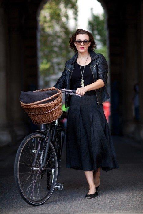 clothing,black,dress,footwear,fashion,