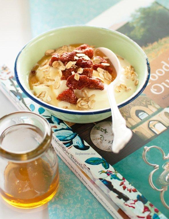 Oats, Honey and Yoghurt