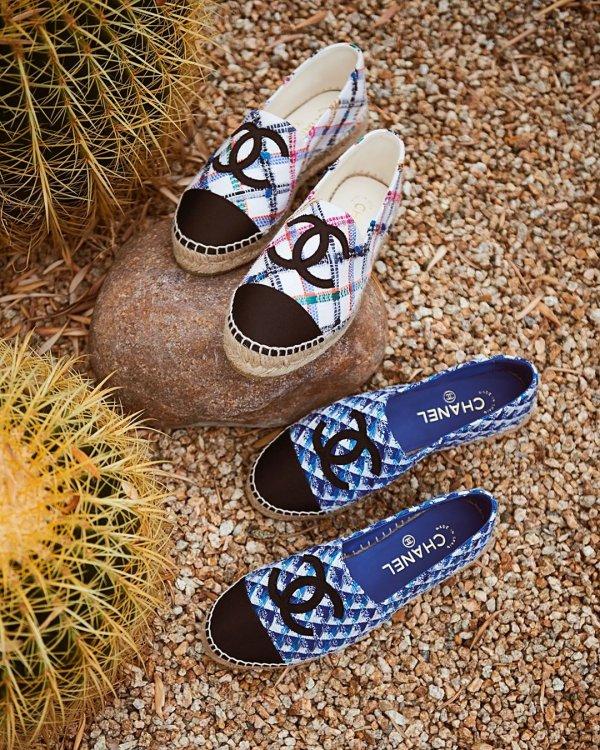 Footwear, Shoe, Slipper, Electric blue, Glasses,