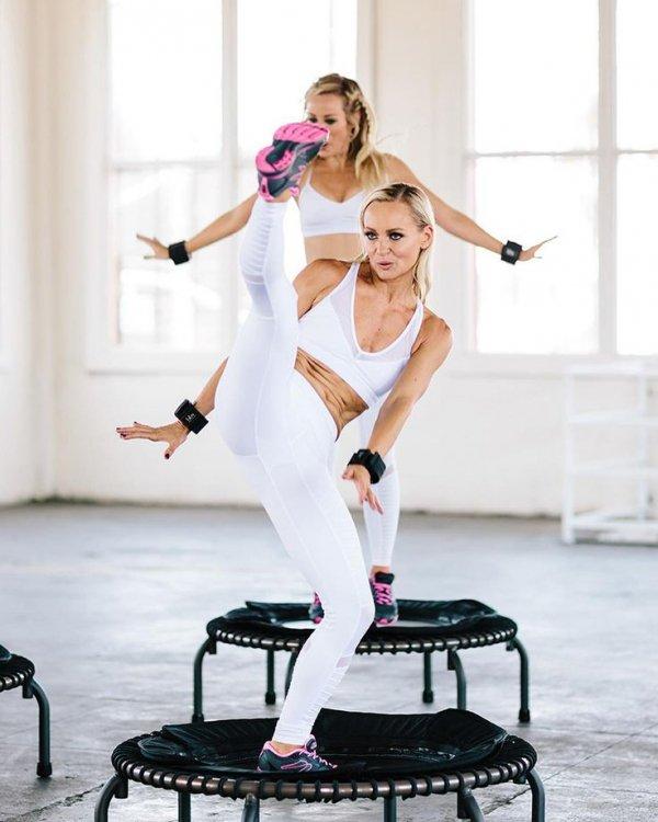 White, Shoulder, Footwear, Dance, Performance,