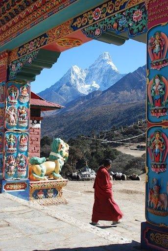 Everest,Ama Dablam,color,tourism,hindu temple,