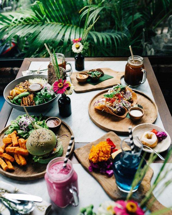 dish, meal, food, brunch, restaurant,