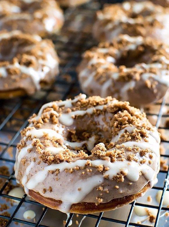Cinnamon Bun Baked Donuts