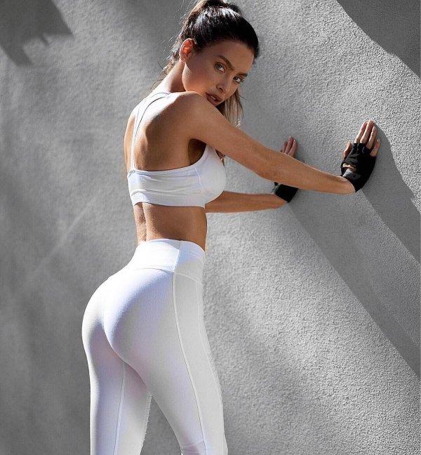 active undergarment, shoulder, joint, tights, abdomen,