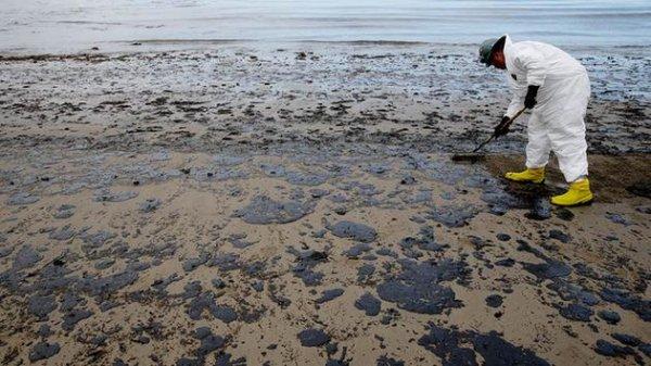 Oil Spills Affect Humans Too