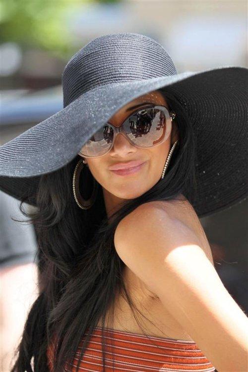 Nicole Scherzinger's Summer Style