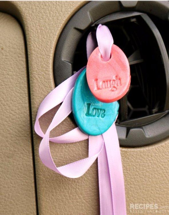pink, product, organ, fashion accessory, ear,