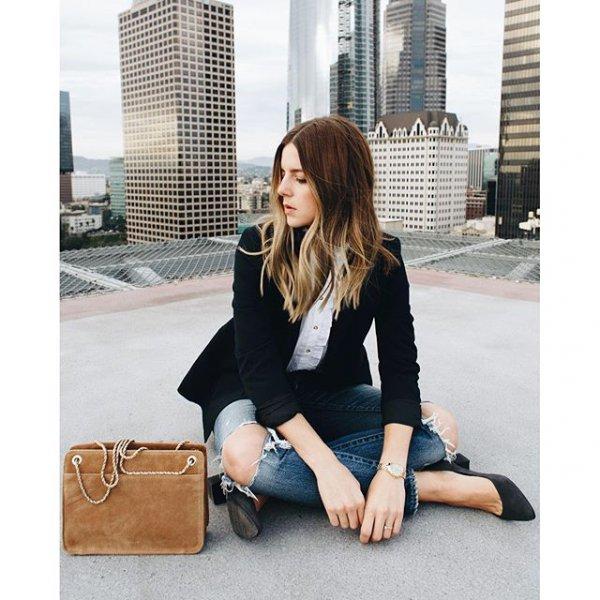 clothing, footwear, handbag, leg, leather,