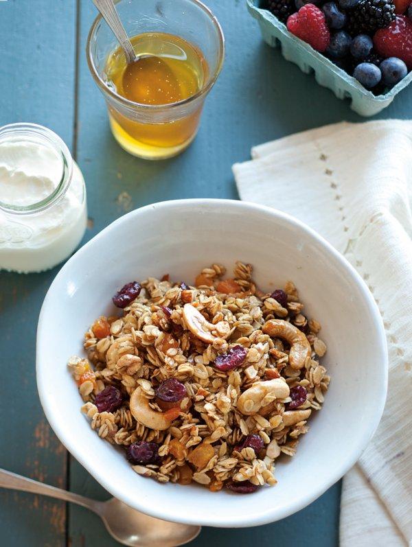 Greek Yogurt and Granola