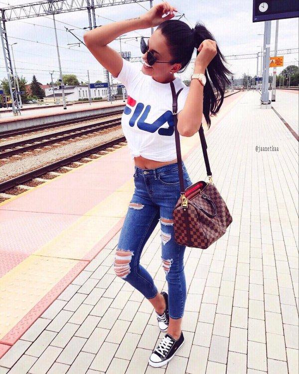 jeans, clothing, denim, footwear, shoulder,