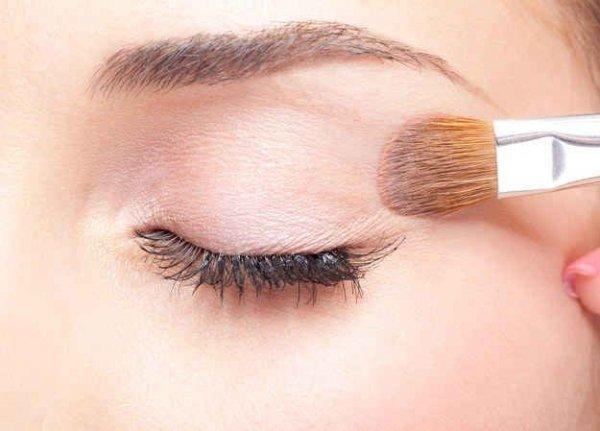 eyebrow,face,eyelash,nose,eyelash extensions,